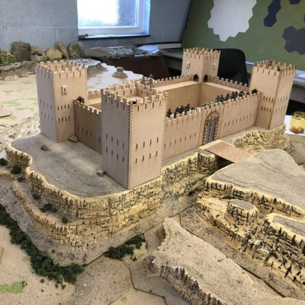 28mm Western/Crusader castle modular kit